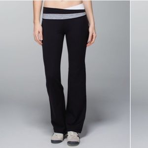 Lululemon Athletica Astro Flare Yoga Pants